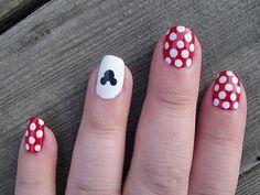 disney minnie mouse nails