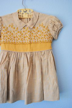1950s vintage dress- I really want to dress Reese like this!