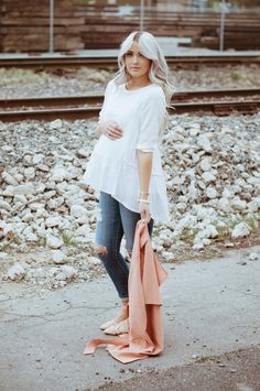 You searched for label/maternity - Cara Loren Stylish Maternity, Maternity Wear, Maternity Fashion, Maternity Style, Maternity Jacket, Baby Bump Style, Mommy Style, Pregnancy Looks, Pregnancy Outfits