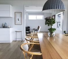 Owner and interior designer Megan Myers elegantly applies a Nordic Style to transforming this Port Fairy home on the Victorian coast. Coastal Style, Coastal Decor, Interior Decorating Styles, Interior Design, Nordic Interior, Coastal Interior, Coastal Homes, Coastal Cottage, Nordic Style