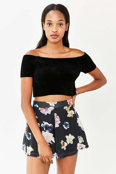 Oh My Love Floral Short - Urban Outfitters