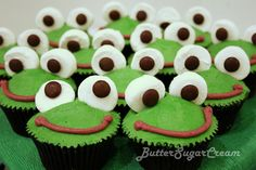 Leap Year ~ Frog Cakes, Cupcakes & Cookies Roundup - Mom Always Finds Out Cupcakes Design, Frog Cupcakes, Kid Cupcakes, Cake Designs, Cupcake Cakes, Easy Animal Cupcakes, Frog Cookies, Flamingo Cupcakes, Cupcakes Bonitos