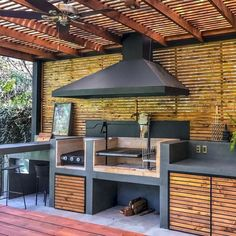11 Useful Tips for Summer Kitchen Arrangement Outdoor Kitchen Patio, Outdoor Kitchen Design, Patio Design, Backyard Patio, Outdoor Living, Bbq Shed, Outdoor Grill Station, Kitchen Arrangement, Brick Bbq