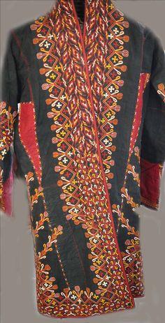 Turkoman coat Indigo with silk embroidery (info@singkiang.com)
