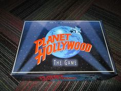 MILTON BRADLEY PLANET HOLLYWOOD THE GAME ELECTRONIC MOVIE TRIVIA GAME, GUC #MILTONBRADLEY
