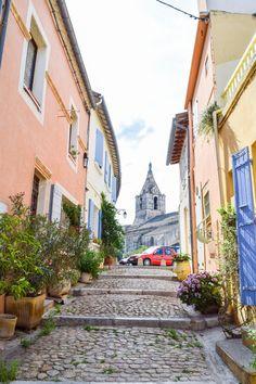 Beautiful Arles, France | https://culturepassport.co/2016/charming-arles-france
