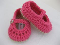 Baby Girl Booties / Shoes / Slippers Pink & Light Brown Crochet