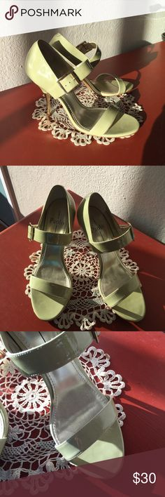 Linda Paolo heels Lines Paolo pistachio shoe with a gold dipped heel.  Work a handful of times- in excellent condition! Linea Paolo Shoes Heels