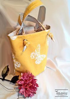 One Hour Book Bag | Craftsy
