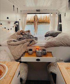 59 Amazing Caravan Interior Design Ideas- 2020 – Page 42 of 59 – coloredbikinis. Van Conversion Interior, Camper Van Conversion Diy, Van Living, Tiny House Living, Camper Interior, Interior Design, Interior Ideas, Astuces Camping-car, Kombi Home