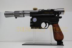 Full Metal w Sound & Laser. Star Wars Han Solo, Hand Guns, Stars, Metal, Firearms, Pistols, Sterne, Metals, Star