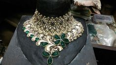 Jaalpuwai +red channel+green carbin unfinished  Choker set