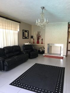 4 Bedroom House for sale in Upington & Ext -