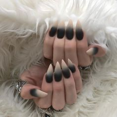 10 Impressive Nails Design For The Halloween Fanatic Nail Line Witchy Nails, Goth Nails, Swag Nails, Black Stiletto Nails, Black Ombre Nails, Vampire Nails, Best Acrylic Nails, Dream Nails, Stylish Nails