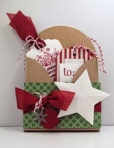 Jean's Paper Jewels: Christmas Tag Holder #stampinup, #stampinupdemonstrator, #papercrafting, #christmas, #giftenclosure http://www.jeanspaperjewels.com