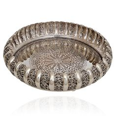 Silver Pooja Plate with Antique Finishing Silver Jewellery Indian, Silver Jewelry, Silver Jews, Antique Silver, Antique Jewelry, Silver Pooja Items, Silver Gifts, Silver Accessories, Silver Charms