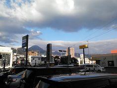 1月27日晴れのち雪 朝、別府を出る時は晴れでしたが、日田に帰ると午後からボタユキが断続的に降りとても寒かったです。