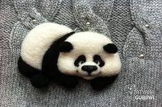 """Купить Брошь валяная Панда """"Пончик"""" - чёрно-белый, панда, Валяние, валяная панда"""