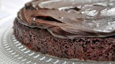 le pamplemousse: Chocolate Fudge Cake with Rich Coconut Cream Ganache (vegan)