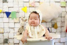 เสื้อผ้าเด็ก  เป็น ของใช้เด็กอ่อน ที่บอกเลยว่า มีให้เลือกใช้เยอะแยะมากมาย มีทั้งสีสันสดใส รูปแบบน่ารักๆ เหมาะสำหรับลูกน้อยวัยทารกตะมุตะมิ เส...