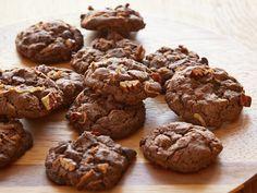 Sunny's German Chocolate Cake Cookies Recipe : Sunny Anderson