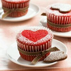 red belbet cupcake drown preety heart♥