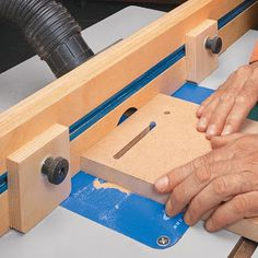 Ah! E se falando em madeira...: fazer rasgos (slots), veja no blog