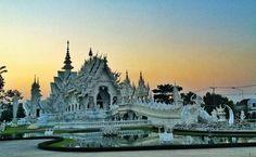 วัดร่องขุ่น (Wat Rong Khun) - Hwy No 1208
