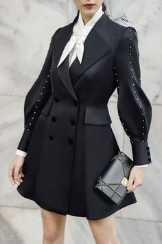 39 Korean Fashion Black And White Ideas Hijab Fashion, Fashion Dresses, Korean Fashion, Punk Fashion, Looks Style, My Style, Fashion Details, Fashion Design, Fashion Ideas