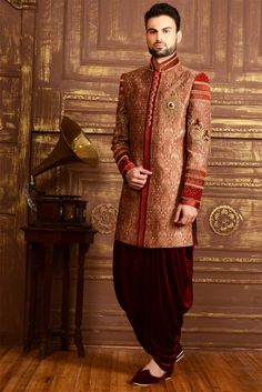 Factors To Consider While Checking Out Vintage Collection Of Indo-Western Suits #IndoWestern #MensFashion #TraditionalWear #NihalFashionsBlog #NihalFashions