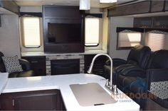 Used 2017 Dutchmen RV Kodiak Express 291RESL Travel Trailer at Blue Dog RV | Gresham, OR | #400656A