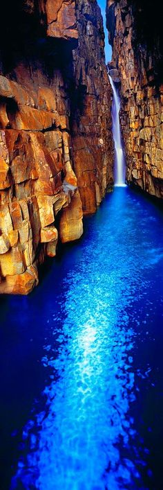 Destinations Planet: Beautiful Sapphire Pool - Kimberley coast gorge, Western Australia