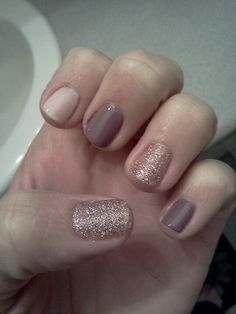 Multi-color nails all wet n wild colors, which work very well.