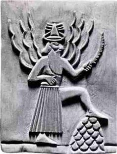 Shamash was the solar deity in ancient Semitic religion, corresponding to the Sumerian god Utu Ancient Aliens, Ancient History, Ancient Mesopotamia, Ancient Civilizations, Objets Antiques, Cradle Of Civilization, Ancient Near East, Art Antique, Ancient Artifacts