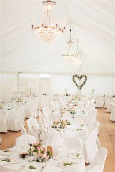 Bildresultat för bröllopsdekoration kyrka