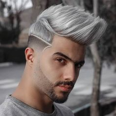 Reinvent your style.Have some fun and give your hair a new look! Here's are 15 Coolest Hair Color Trends of 2020 that you just can't miss. Oval Face Men, Oval Face Shapes, Oval Faces, Mens Hair Colour, Cool Hair Color, Oval Face Hairstyles, Cool Hairstyles, Fashion Hairstyles, Slick Back Haircut