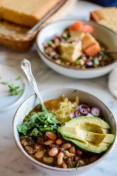 A tangy twist on classic beef chili! Green tomatoes are swapped for traditional ripe red tomatoes then combined with ground beef, pinto beans, and poblano peppers for an irresistible chili recipe that uses us all of the green tomatoes still in the garden come fall. Use tomatillos to make this delicious chili the rest of the year! Hearty comfort food. | ¡Hola! Jalapeño | Green Tomato and Beef Chili| www.holajalapeno.com #chilirecipes #beefchili #greentomatorecipes #glutenfree