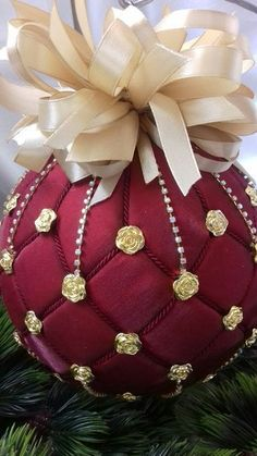Christmas rhinestones ornaments, Handmade balls in gift box, Xmas decorations, Tree decor set, white baubles Quilted Christmas Ornaments, Fabric Ornaments, Christmas Sewing, Christmas Baubles, Christmas Wreaths, Xmas, Homemade Ornaments, Homemade Christmas, Diy Christmas Gifts