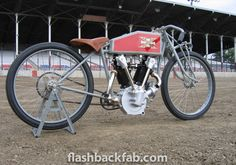 Excelsior Motorcycles - USA: A 1919 Excelsior board track racer Excelsior Motorcycle, Motorcycle Dirt Bike, Motorcycle Design, Dirt Bikes, Shirt Into Tank Top, Polyvore Casual, Style Matters, Motorized Bicycle, How To Grow Nails