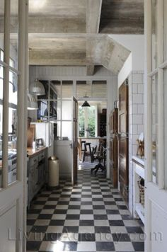 Checker board floors...'nough said!