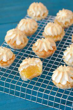 Mini Lemon Meringue Pies in 10 minutes from www.thneovicechefblog.com