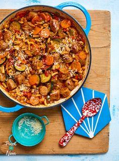 Italian Sausage Stew - Pinch Of Nom Italian Sausage Slow Cooker, Slow Cooker Sausage Recipes, Italian Sausage Casserole, Sausage Stew, Vegetarian Recipes, Healthy Recipes, Healthy Food, Yummy Recipes, Diet Recipes