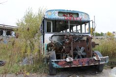 Abandoned paint ball arena and school bus. Grimsby Ontario [4096x2731] [OC]