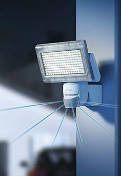 Steinel S Motion Sensor Flood Light Can Be Very Effective In Saving Energy As Well Keeping Home Safe