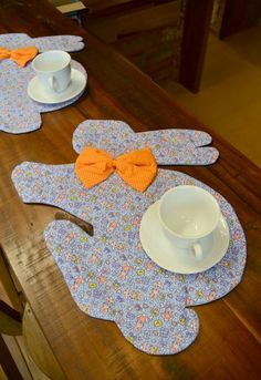 Easter Placemats, Easter Table, Projects For Kids, Sewing Projects, Diy Projects, Easter Egg Crafts, Easter Eggs, Diy And Crafts, Crafts For Kids