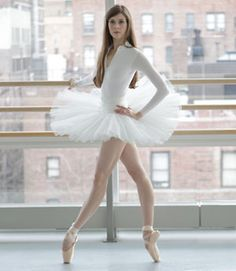 """Ballerina Mary Helen Bowers trained Natalie Portman for her Oscar-nominated role in """"Black Swan."""" In this exclusive interview, she shares ballet secrets – and exercises – that'll give anyone a lean dancer's physique…"""