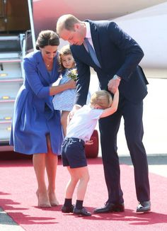 Catherine Duchess of Cambridge Dad Duty: Prince William Duke of Cambridge Prince George and Princess Charlotte arrive at Berlin's Tegel Airport English Royal Family, British Royal Families, George Of Cambridge, Duchess Of Cambridge, Prince George Alexander Louis, Prince William And Catherine, Royal Princess, Prince And Princess, Kate Middleton Family