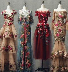 Someone please tell me some stuff about these gorgeous dresses! Who are they by, when are they from, etc… Someone please tell me some stuff about these gorgeous dresses! Beautiful Gowns, Beautiful Outfits, Simply Beautiful, Look Fashion, Fashion Outfits, Fashion Design, Fashion Hair, Flower Fashion, Dress Fashion