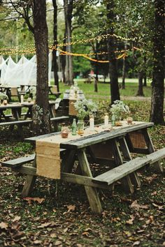 picnic style outdoor wedding reception captured by Moonbelle Photography http://moonbellephotography.com/