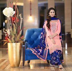 New Punjabi Suit Design New Punjabi Suit, Latest Punjabi Suits, Punjabi Salwar Suits, Designer Punjabi Suits, Indian Suits, Pakistani Dresses, Indian Dresses, Salwar Kameez, Patiala Suit